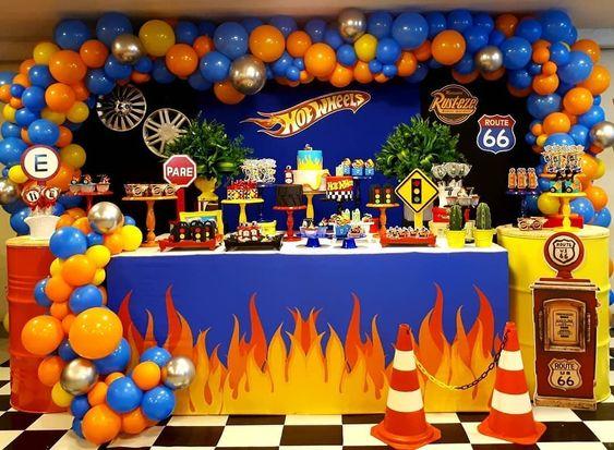 fiesta de hot wheels