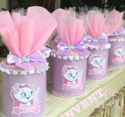 dulceros con botes de leche para niña