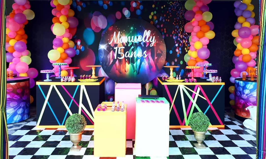 fiesta neon para 15 años