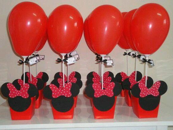 centros de mesa de minnie con globos
