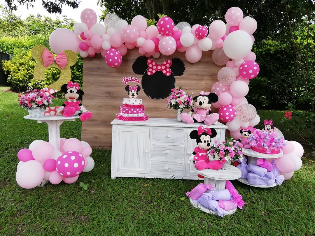 decoracion de minnie rosa