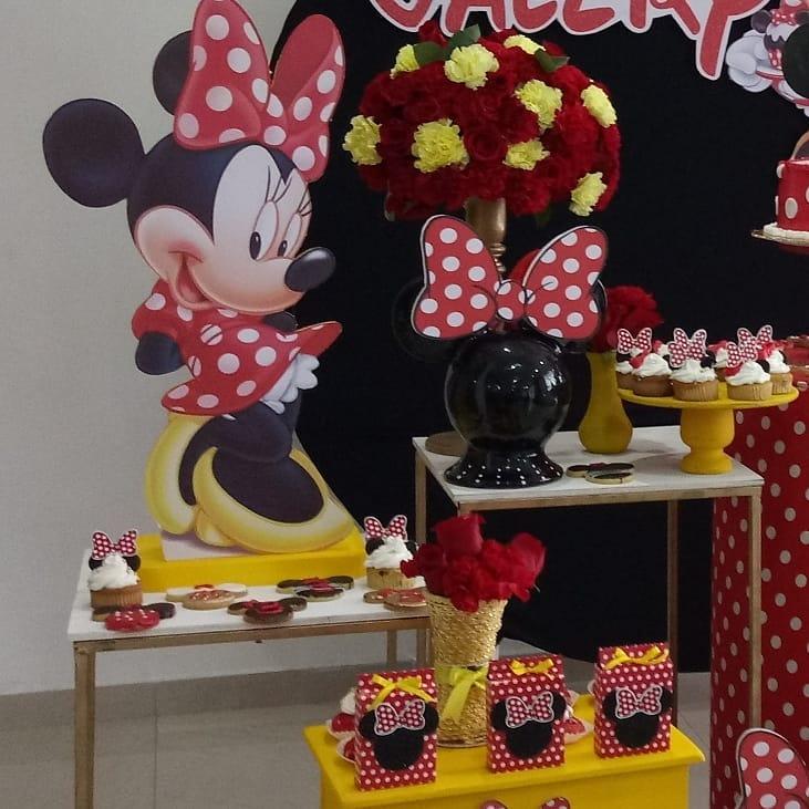 mesa de dulces de minnie