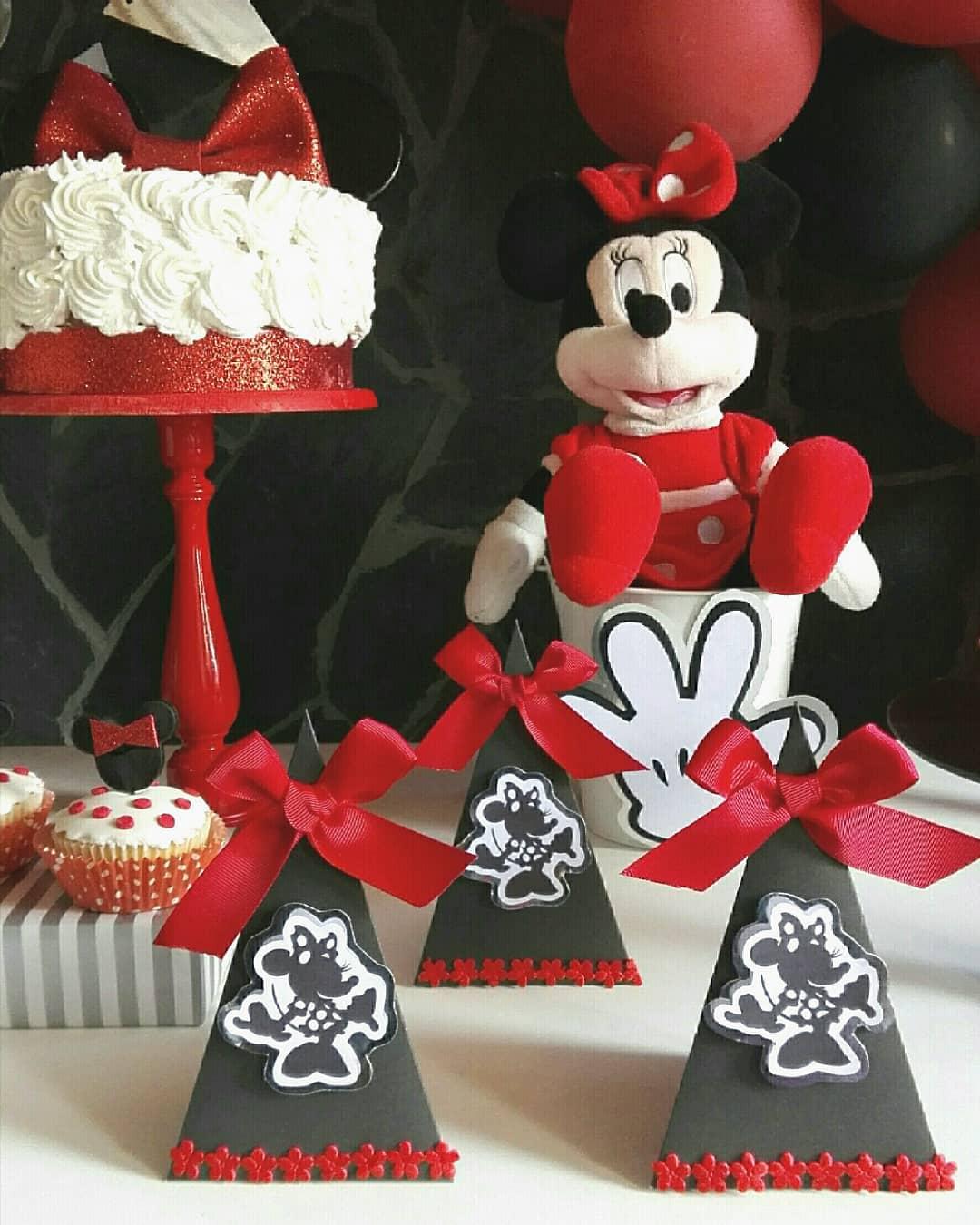 mesa de dulces minnie roja