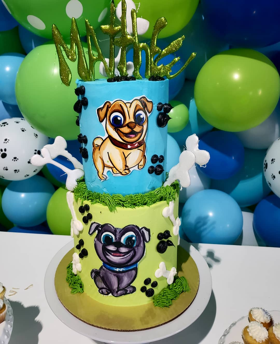 pastel de puppy dog pals