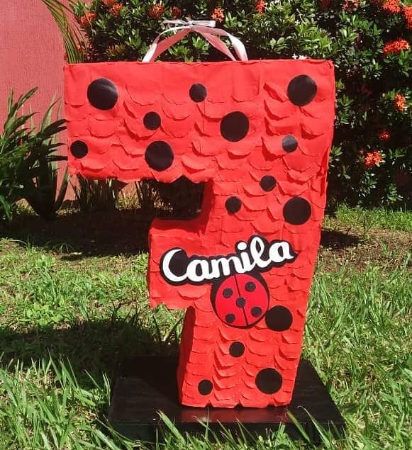 piñatas de ladybug