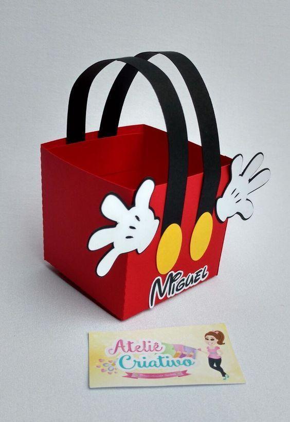 cajas de carton de mikcey para los dulces