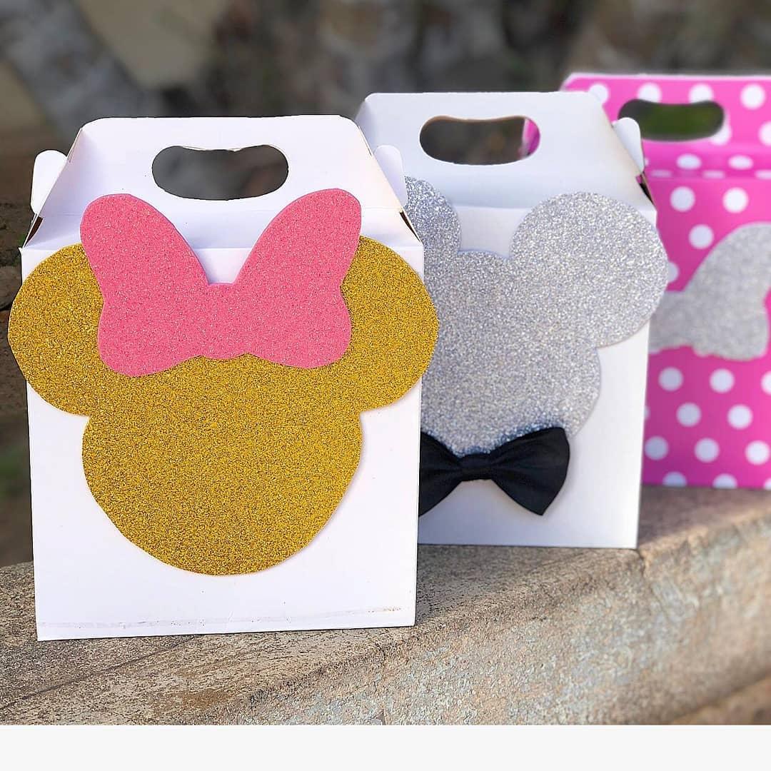 dulceros de mimi rosa con dorado en cajas de carton