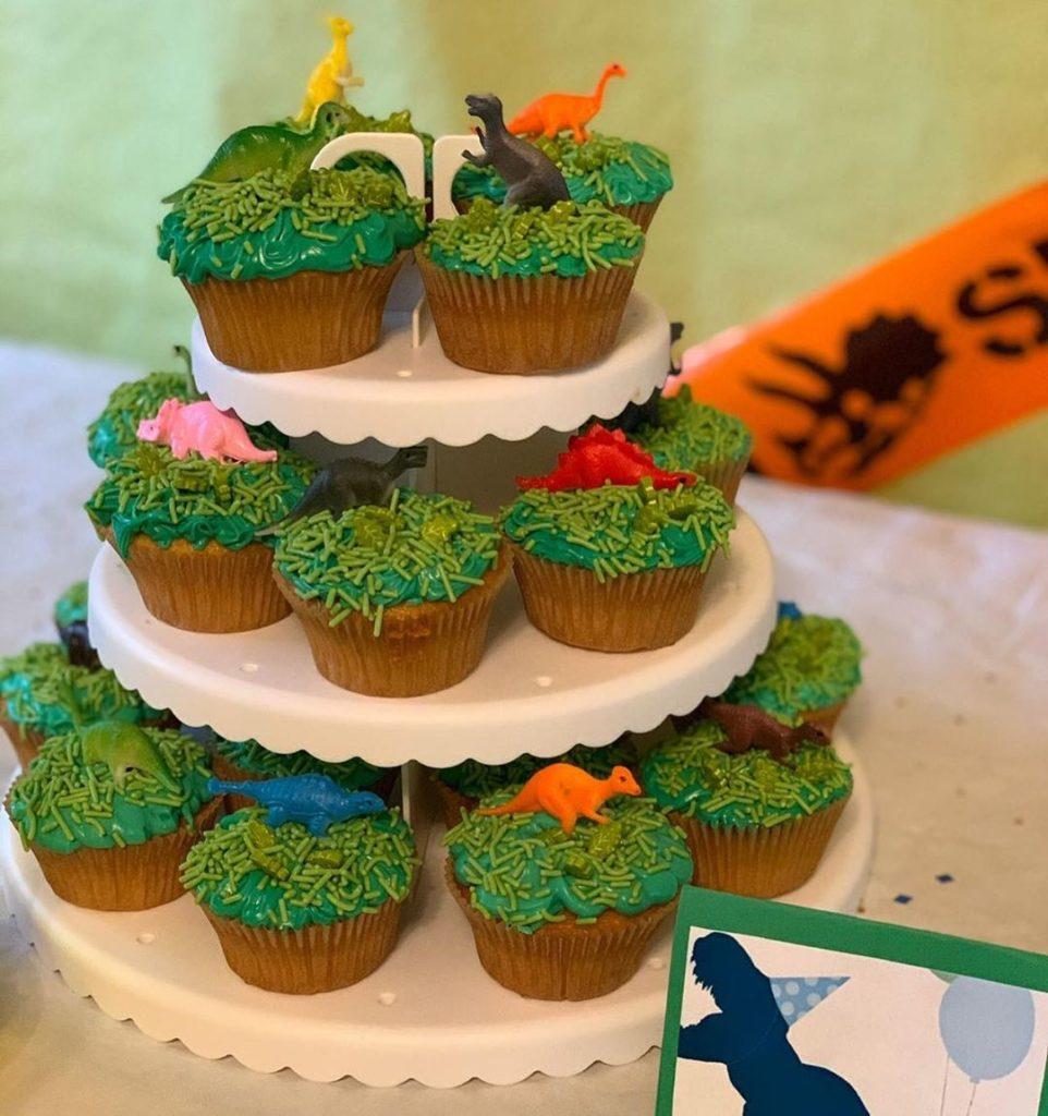 cupcake dinosaurio