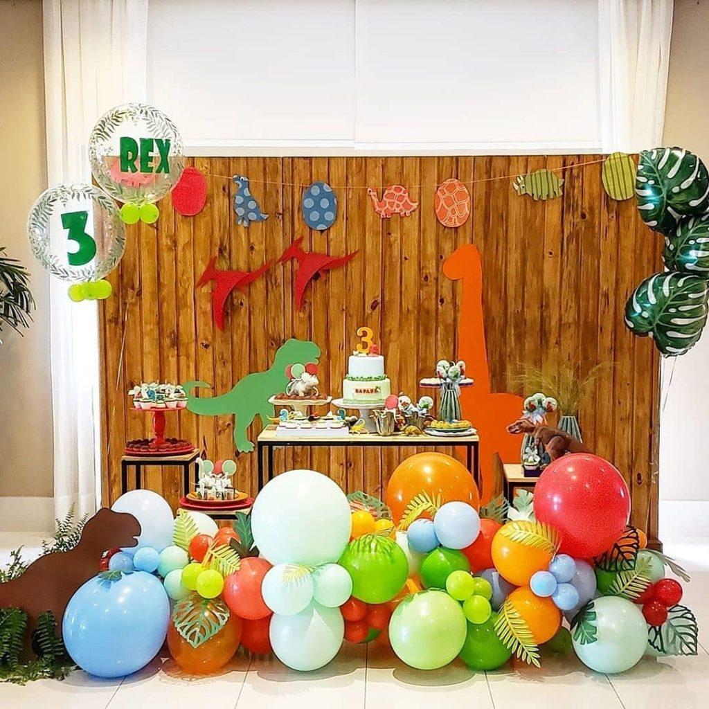decoracion para fiesta de dinosaurio